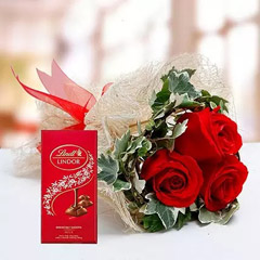 Red Roses Bouquet and Lindt Chocolate Combo