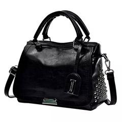 Graceful Black Shoulder Bag