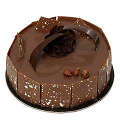 Unique & Flavorful Craqueline Cake