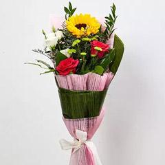 Splendid Mix Flowers Bouquet