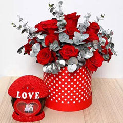 Beautiful Red Roses Box and Couple Idol